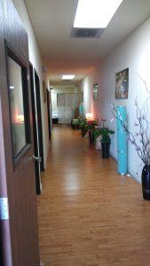 charmin-spa-hallway