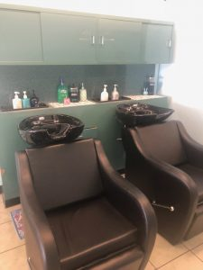 oc-barber-day-spa-inside-picture-3